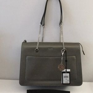 DKNY Tote Medium Leather Top Zip Bryant Handbag